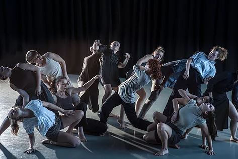 mapdance will be performing at MÓTUS on 7th June and are offering school workshops