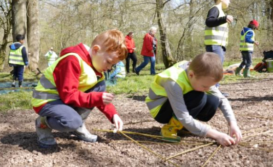 Children exploring outdoors at Stowe